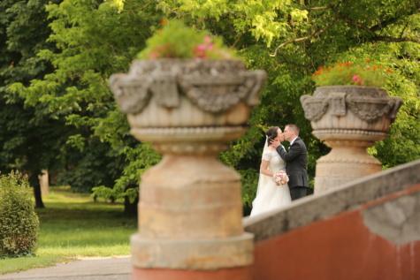 キス, 抱擁, スーツ, ロマンス, 城, 愛, ウェディングドレス, 花嫁, 結婚式, ウェディングブーケ