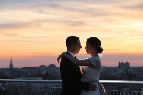 結婚式, 抱擁, ウェディングドレス, 花嫁, 新郎, 関係, 結婚, 海, ビーチ, 幸せです