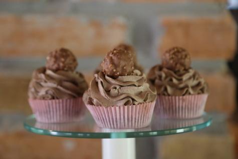 Erdnüsse, Cupcake, Schokolade, Vollmilch-Schokolade, Essen, süß, Dessert, Zucker, Kuchen, Backen