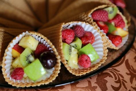 Obst, Dessert, Salat, Ice cream, Backwaren, Erdbeeren, Kiwi, frisch, Himbeeren, Erdbeere