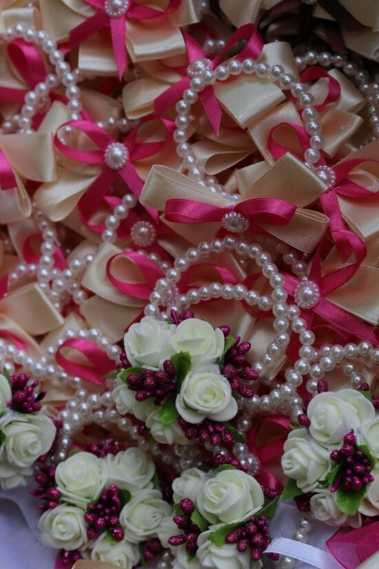 pears, necklace, pink, bouquet, wedding, decoration, love, marriage, luxury, gift