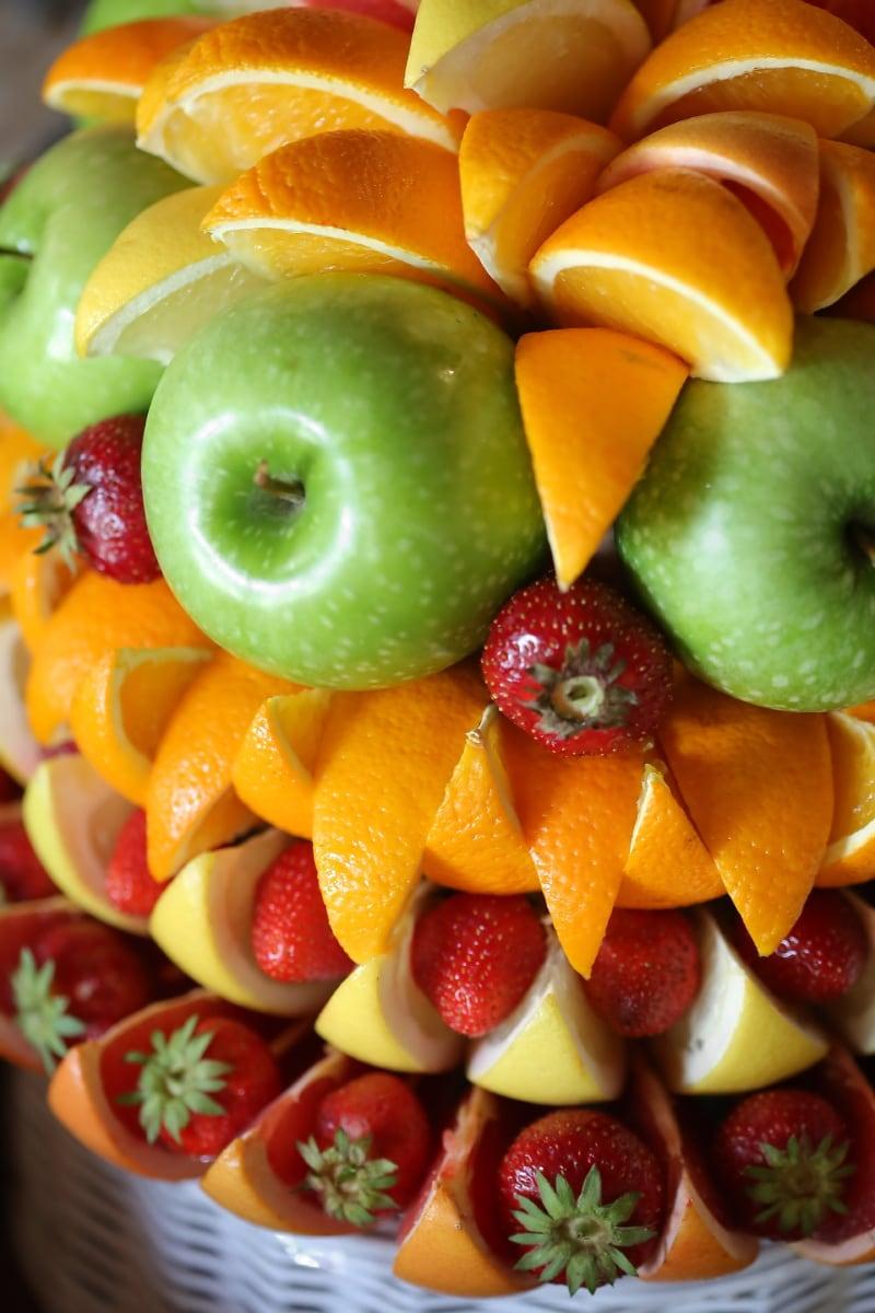 orange peel, oranges, apples, green, strawberries, delicious, diet, apple, strawberry, fruit