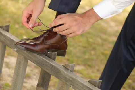 lacet, chaussures, Jeans/Pantalons, palissade, mains, homme, mode, en cuir, brun clair, main