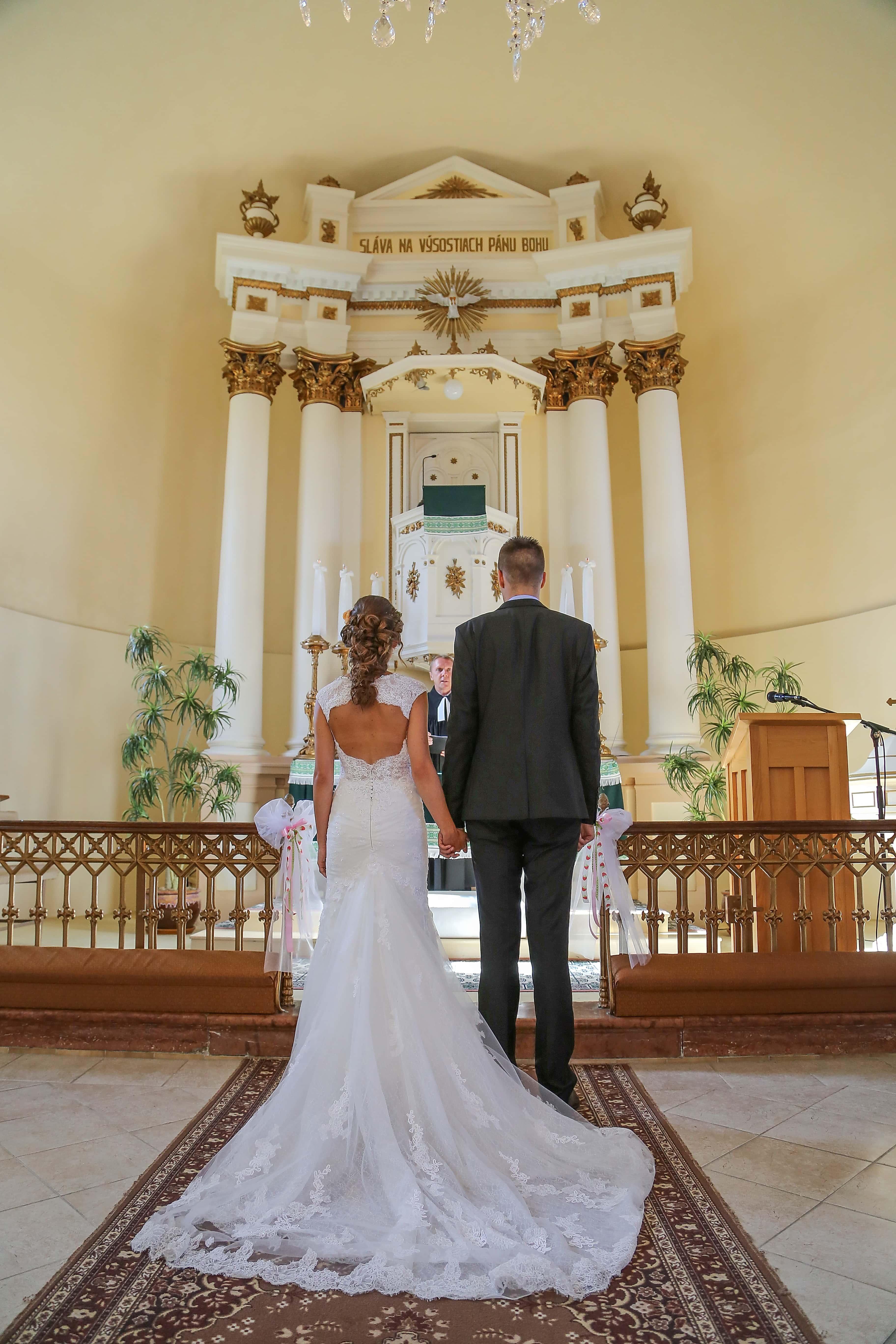 katolikus menyasszony ingyen)