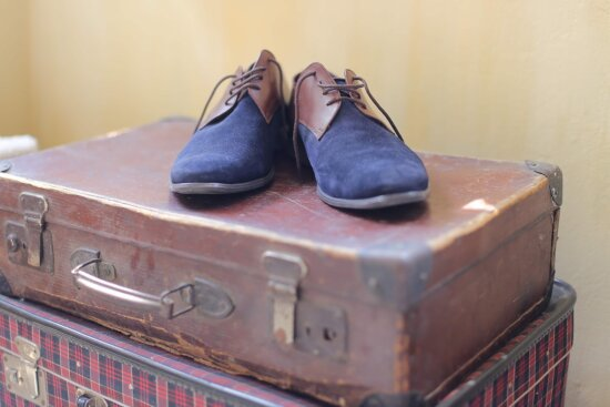 luggage, shoes, shoelace, old style, brown, old fashioned, leather, old, casual, pair