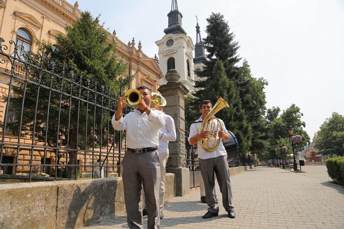 trompettiste, trompette, Orchestre, Festival, rue, Centre ville, religion, Temple, Ville, Sanctuaire