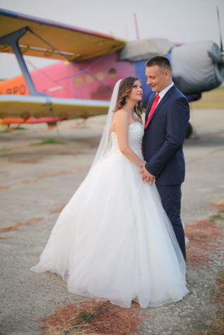 pilot, airport, aircraft, gentleman, romance, bride, love, embrace, hug, groom