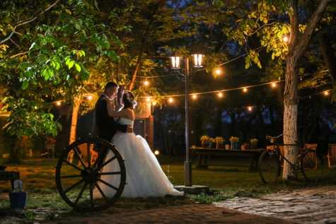 bride, vintage, groom, village, lamp, nightlife, cart, wheel, people, street