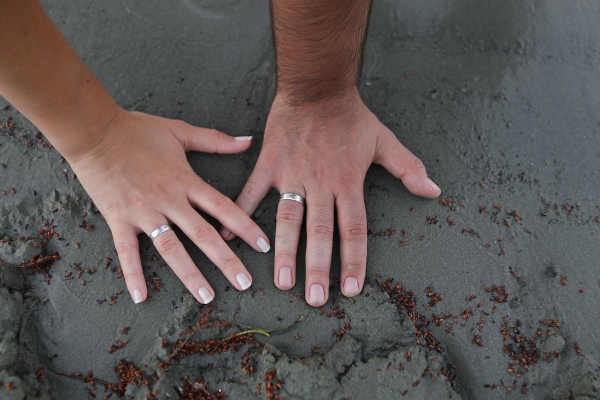 hands, sand, love, wedding ring, rings, wet, ground, finger, soil, earth