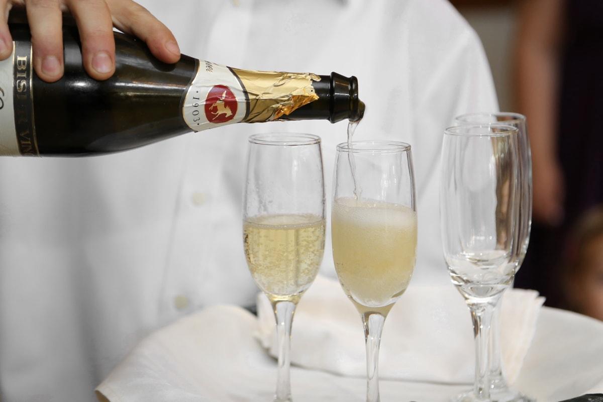 Flasche, Barmann, Weißwein, Champagner, Trinken, Glas, Getränke, Toast, Wein, Alkohol