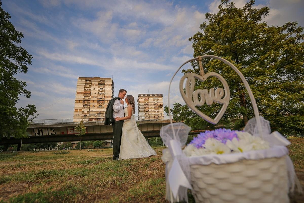 picnic, Valentine's day, gift, couple, love, wicker basket, wedding, bride, flower, woman