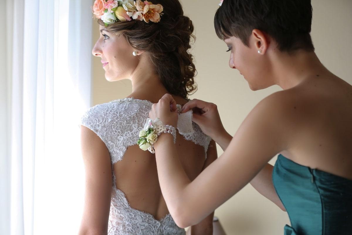 helping, girlfriend, bride, posing, gorgeous, pretty girl, wedding dress, princess, fashion, woman