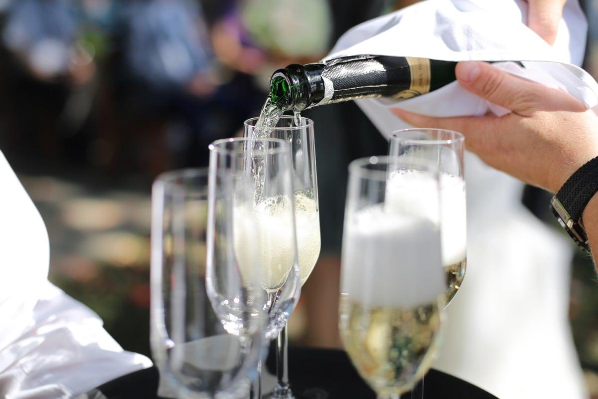Alkohol, Champagner, Trinken, Weißwein, Kristall, Barmann, Flasche, Feier, Hochzeit, Partei