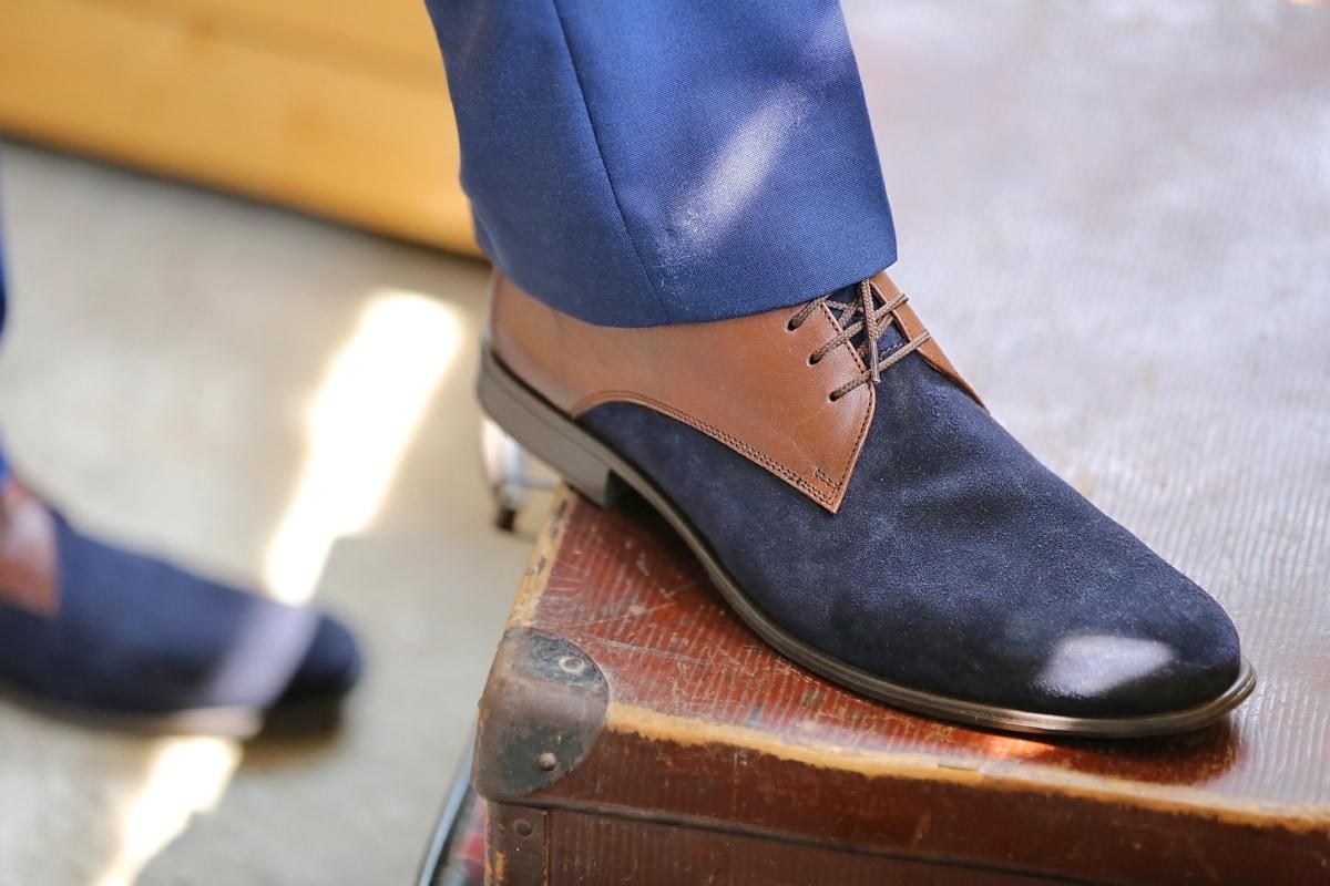 blue, shoes, gentleman, footwear, man, baggage, suit, businessman, luggage, clothing