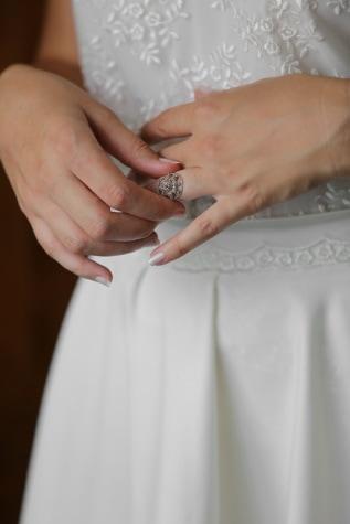 ウェディングドレス, 結婚指輪, マニキュア, 手, 結婚式, 女性, 花嫁, 手, 愛, 高級