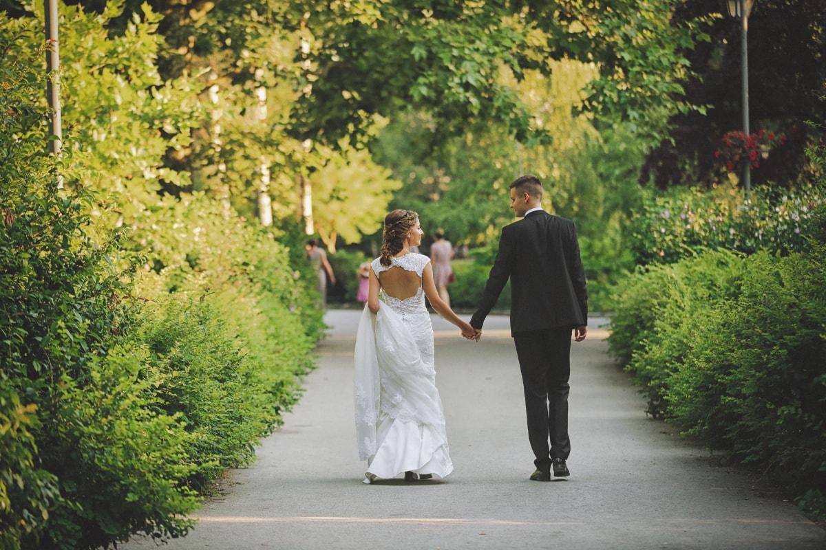 la mariée, jardin, jeune marié, mariage, mains, amour, couple, robe, marié, engagement