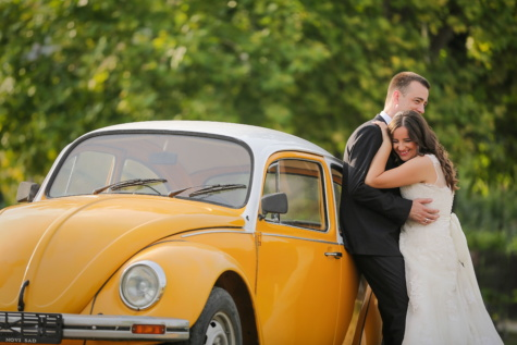 bride, groom, car, Volkswagen beetle, sedan, oldtimer, embrace, hugging, romance, smiling, transport