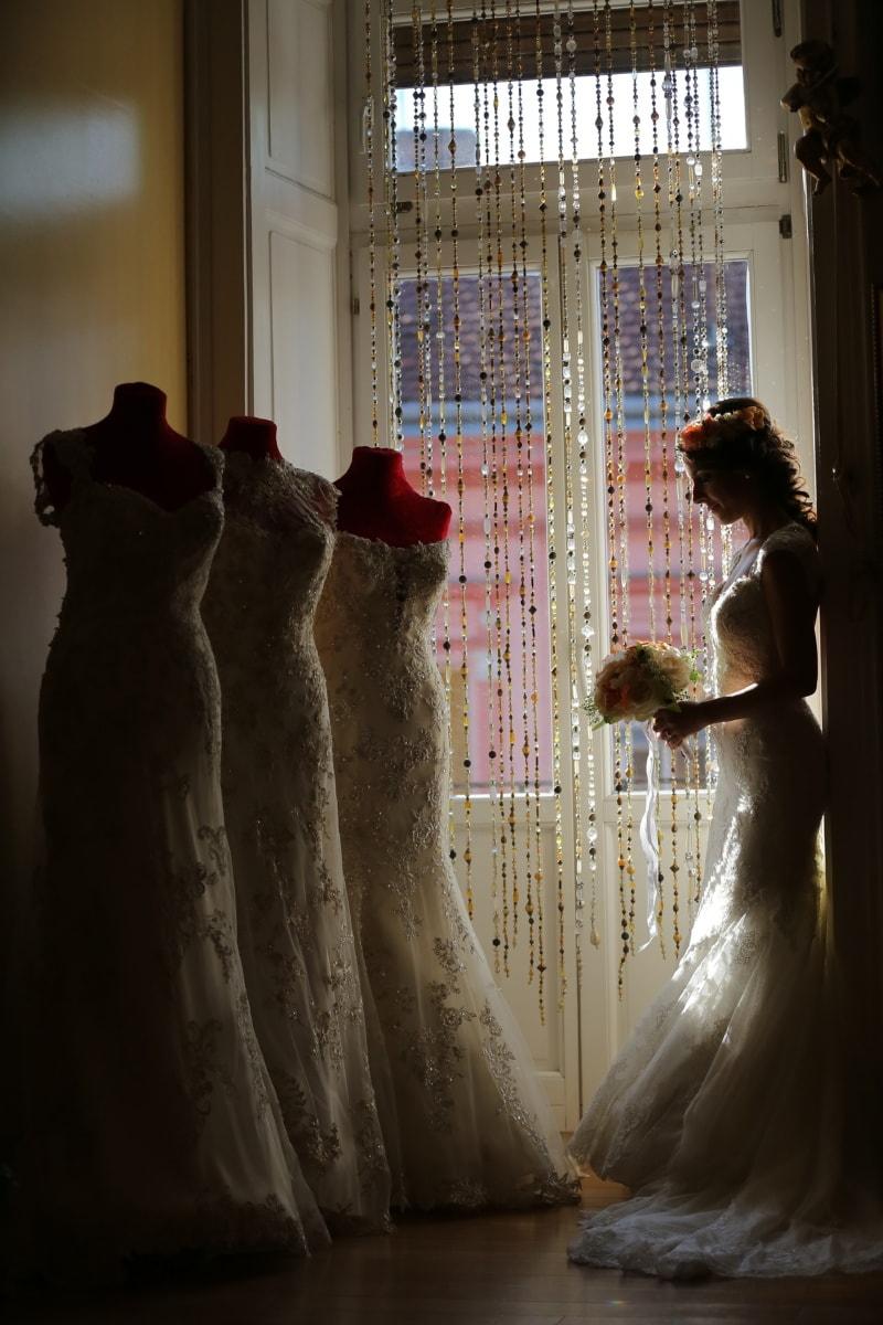 wedding dress, salon, shopper, shopping, bride, wedding bouquet, bouquet, fashion, gorgeous, outfit