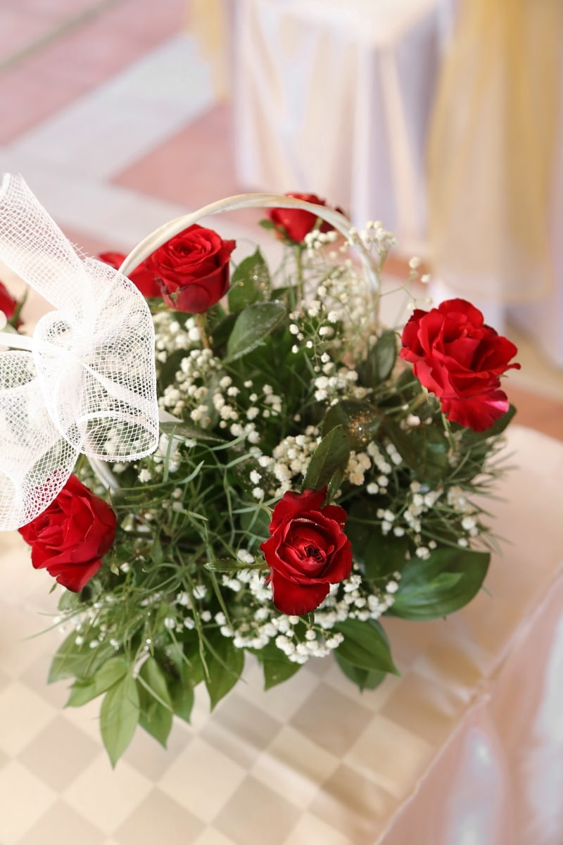 wicker basket, red, roses, elegance, romance, bouquet, love, wedding, decoration, rose