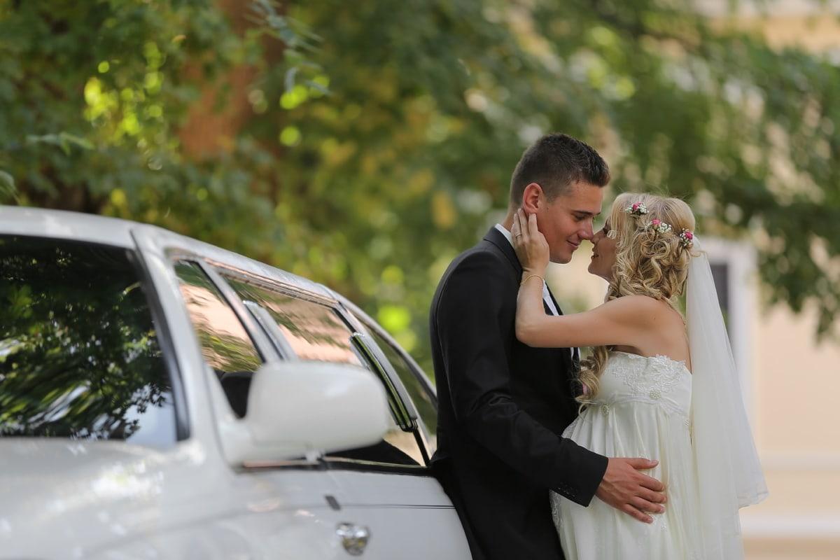 Glanz, Liebe, Bräutigam, Braut, Hochzeit, Engagement, paar, Frau, im freien, Auto