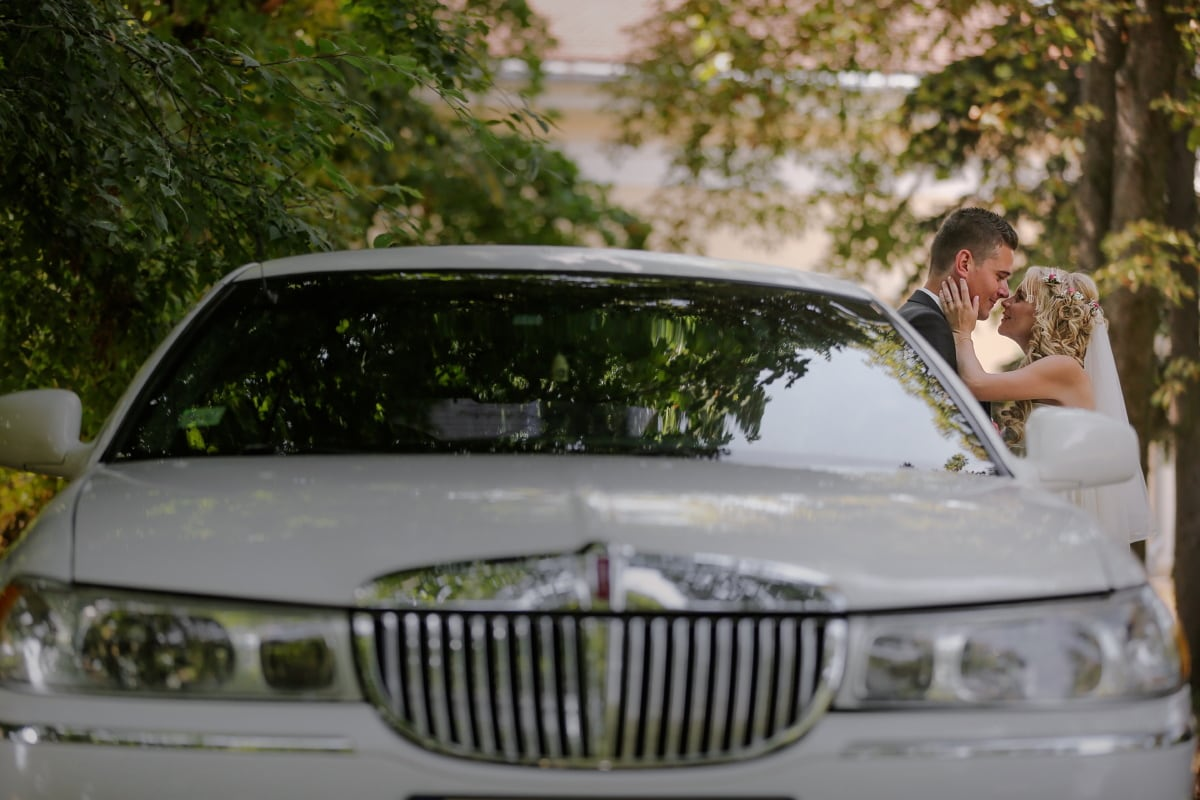 Целувка, булката, младоженец, кола, седан, Транспорт, автомобилни, превозно средство, транспорт, карам