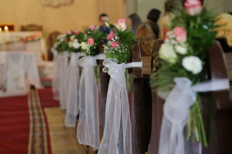 cathedral, ceremony, catholic, wedding, bench, flowers, bouquet, red carpet, decoration, love