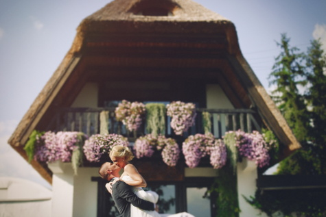 bride, hugging, groom, village, countryside, outdoors, architecture, bouquet, home, family