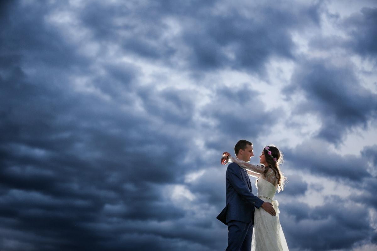 dramatice, furtuna, mireasa, mirele, dragoste, nunta, natura, în aer liber, logodna, poveste de dragoste