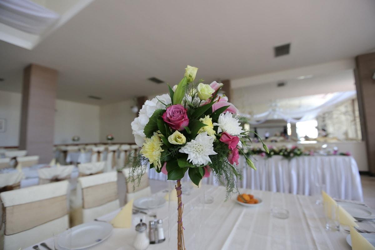 wedding venue, wedding bouquet, arrangement, table, bouquet, decoration, flowers, interior, furniture, room