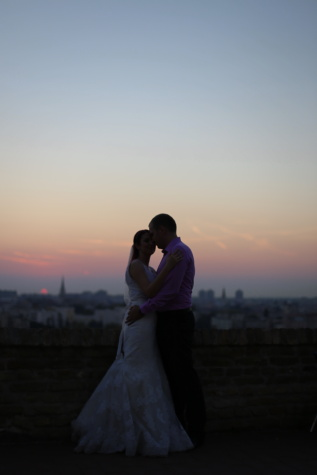 wife, husband, sunrise, bride, hugging, cityscape, panorama, kiss, romance, marriage