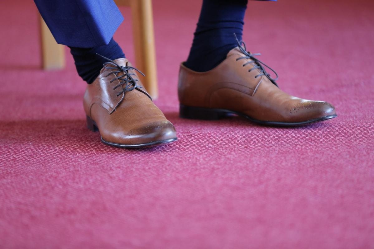 leather, man, shoelace, shoes, elegance, pants, socks, red carpet, foot, fashion