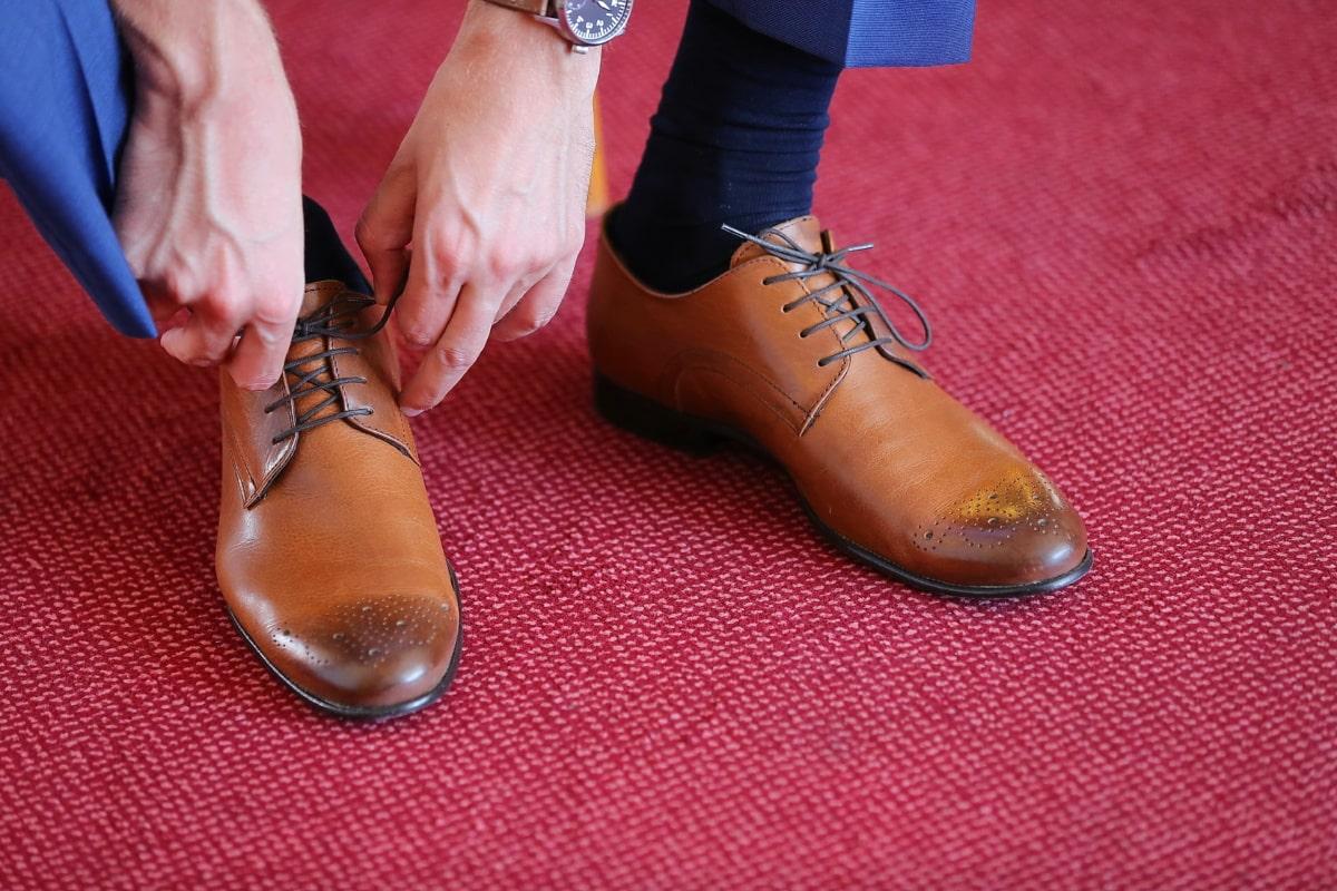mies, kengät, puku, nahka, sukat, muoti, tyyli, punainen matto, jalkineet, pari