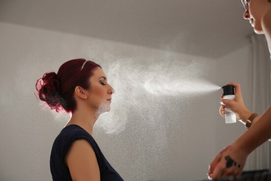 hairdresser, makeup, beautician, hairstyle, pretty girl, brunette, spraying, spray, glamour, fashion