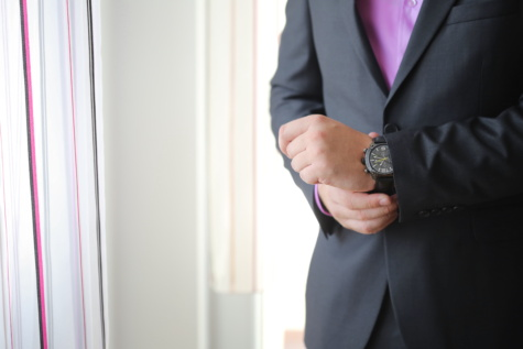 businessperson, wristwatch, businessman, elegance, suit, silk, business, man, indoors, people