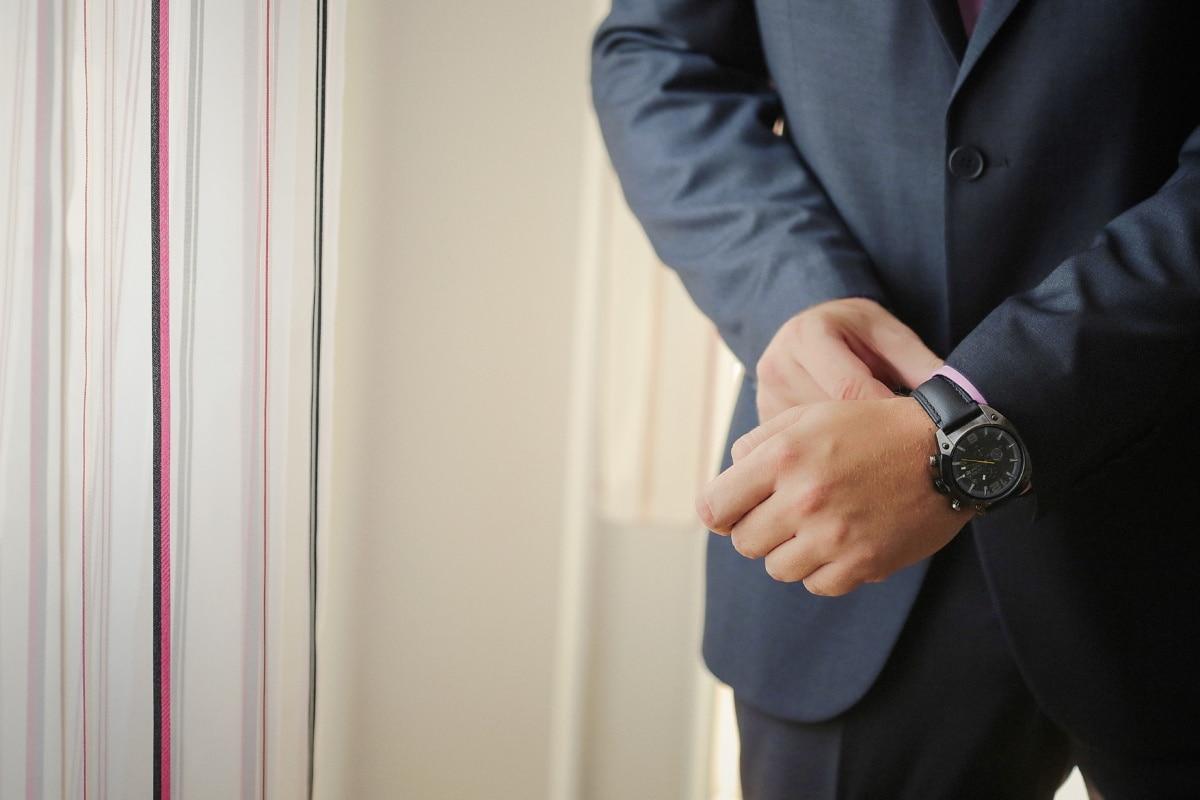 montre à bracelet, costume de smoking, gentilhomme, costume, gens, entreprise, homme, à l'intérieur, sécurité, Portrait