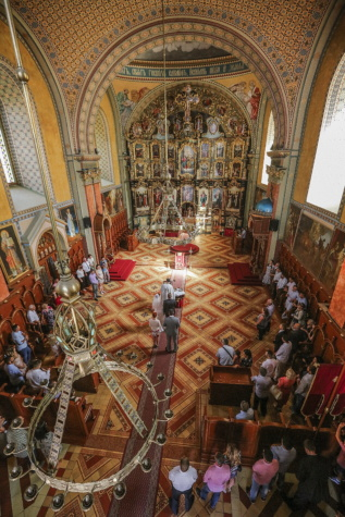 Serbia, church, orthodox, wedding, inside, ceremony, altar, cathedral, structure, religion