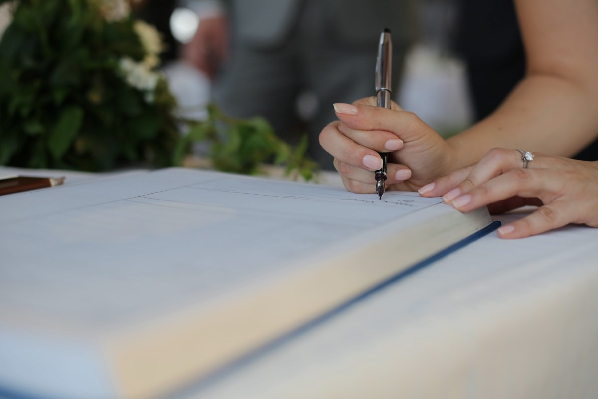 signature, mains, livre, document, crayon, main, entreprise, écriture, gens, femme