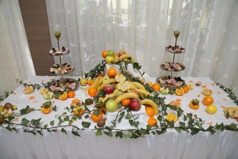 บุฟเฟ่ต์, คุกกี้, ห้องจัดเลี้ยง, ผลไม้, ของหวาน, ส้ม, โต๊ะ, ตกแต่ง, ใบไม้, ออกแบบภายใน