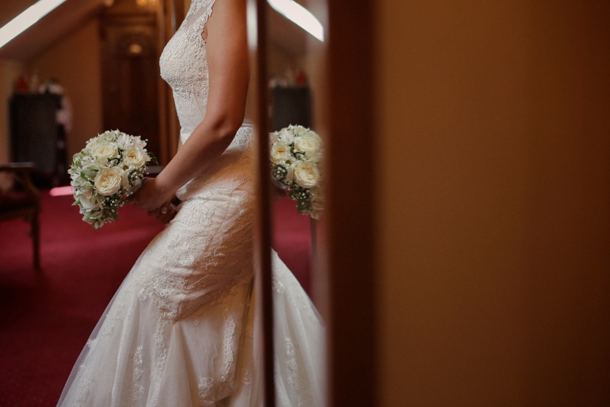 wedding dress, wedding bouquet, bride, hotel, mirror, love, wedding, woman, groom, fashion