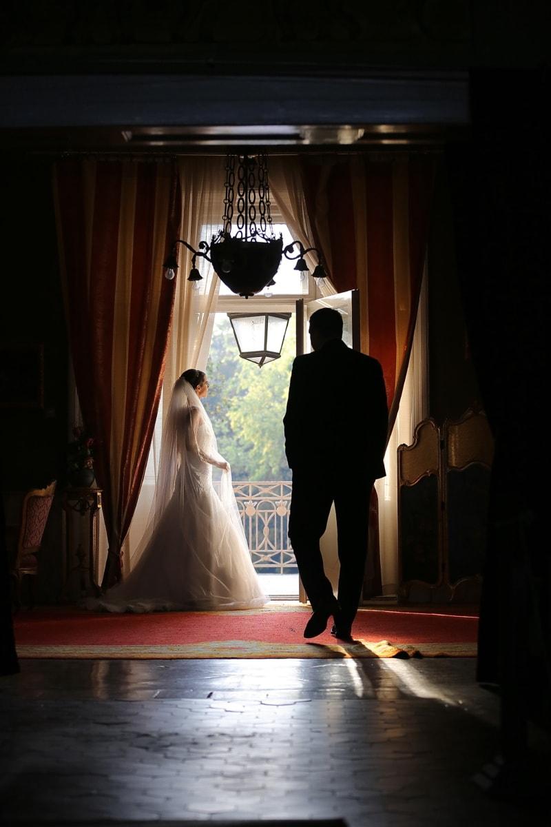 Salon, jeune marié, à l'intérieur, la mariée, robe de mariée, décor, gens, jeune fille, mariage, lumière