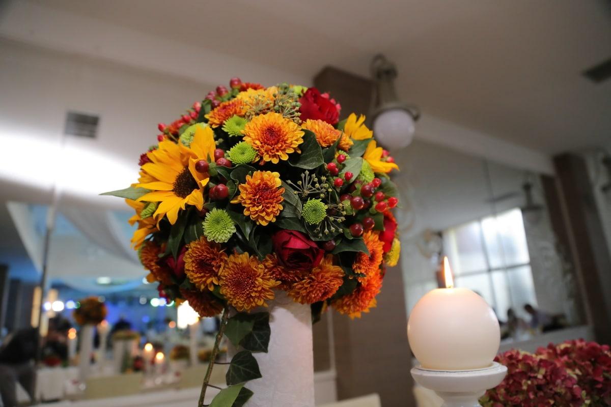 candlestick, vase, wedding bouquet, candlelight, flower, wedding venue, love, interior design, bouquet, leaf