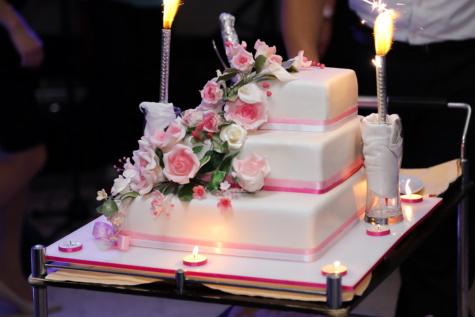 Hochzeitsort, Hochzeitstorte, Kerzen, Leuchter, Barmann, Candle-Light, Kerze, Hochzeit, Romantik, Flamme
