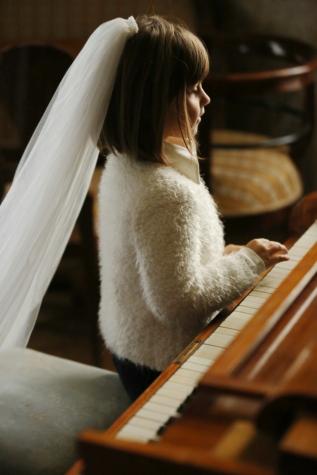 music, musician, child, piano, melody, dress, elegance, veil, pretty girl, indoors