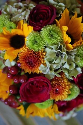 decoration, arrangement, bouquet, flower, flowers, yellow, plant, blossom, bloom, gift