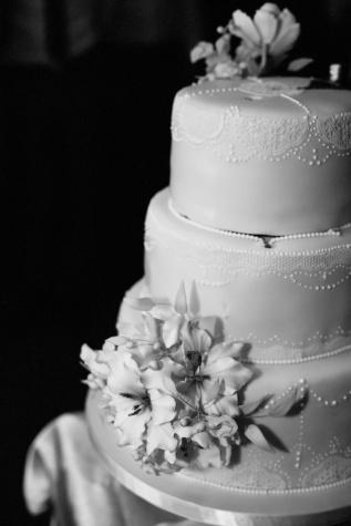gâteau de mariage, noir et blanc, monochrome, élégance, mariage, fleur, amour, crème, élégant, romance