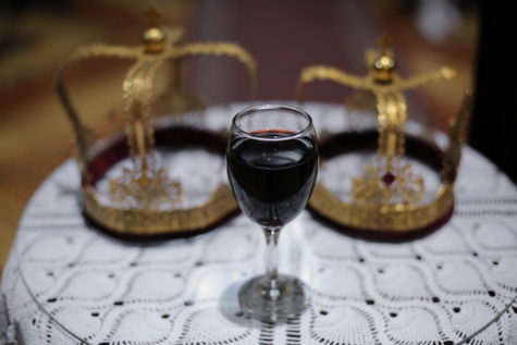 red wine, coronation, crown, glass, wine, glasses, beverage, drink, luxury, dining