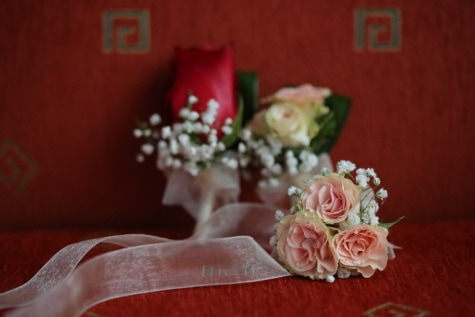 wedding bouquet, sofa, couch, silk, wedding, roses, rose, decoration, bride, flower