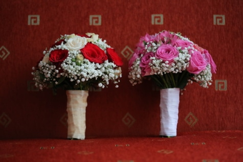 wedding bouquet, couch, living room, bouquet, flowers, wedding, flower, roses, love, decoration
