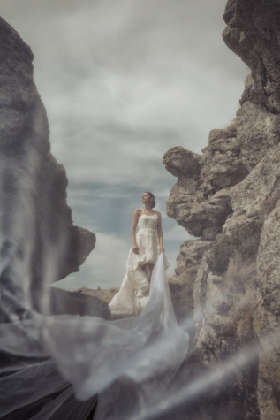fotomontaj, fotografie, nunta, voal, ceata, ceaţă, mireasa, fată drăguţă, apa, gheata