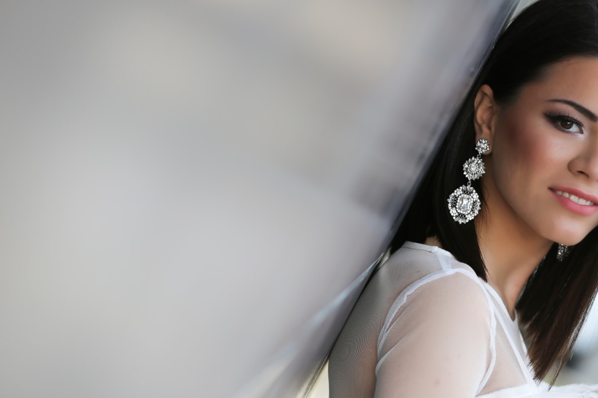 nádherná, náušnice, diamant, portrét, mladá žena, dáma, atraktívne, krásna, model, osoba